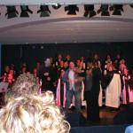 Luca Ronka sul palco con Luca Ronka gospel con Cheryl Porter